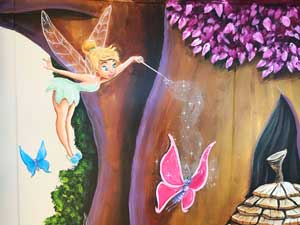 muurschildering_tinkerbell_magic